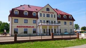 hotel restauracja willa zbyszko budynek front